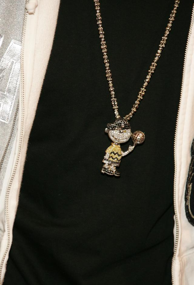 Chris Brown charlie brown chain