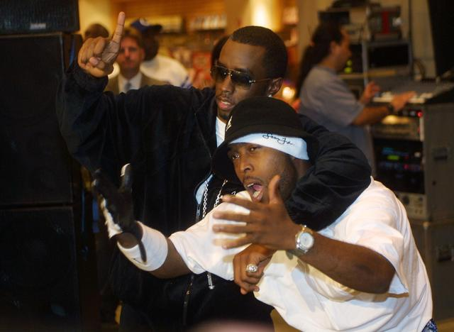 Black Rob and P Diddy in 2001