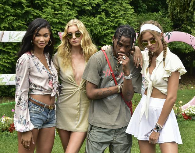 Travis Scott with white girls