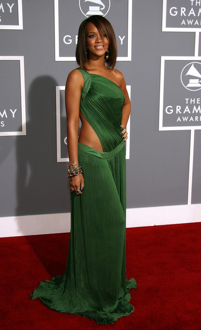 Rihanna at the Grammys 2007
