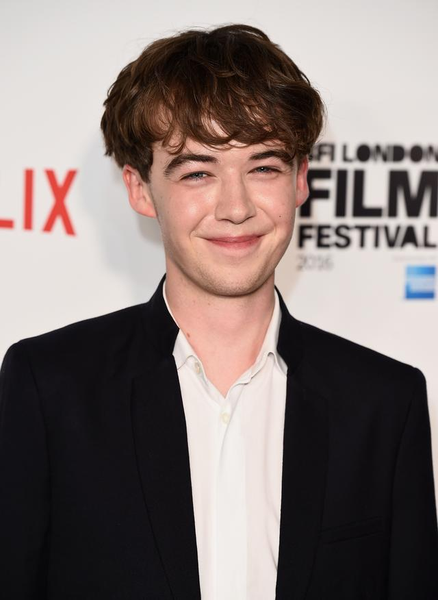 "Alex Lawther of black mirror episode ""shut up and dance"""